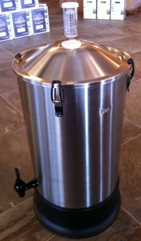 30 liters stainless fermenter...special order.